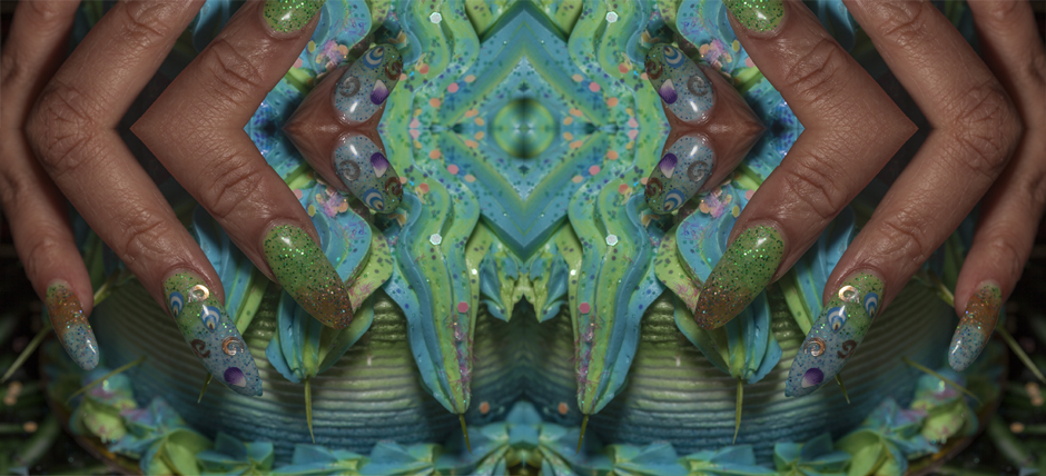 EstheticTheory-Cooper,Maurene-fingers-motif-wall-paper